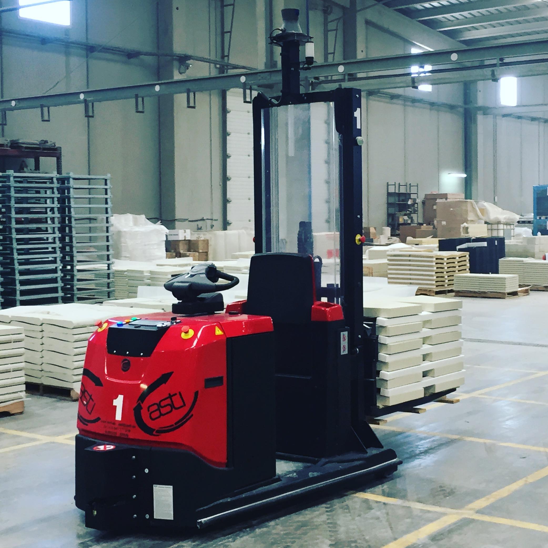 Solución de transporte interno en una planta de construcción