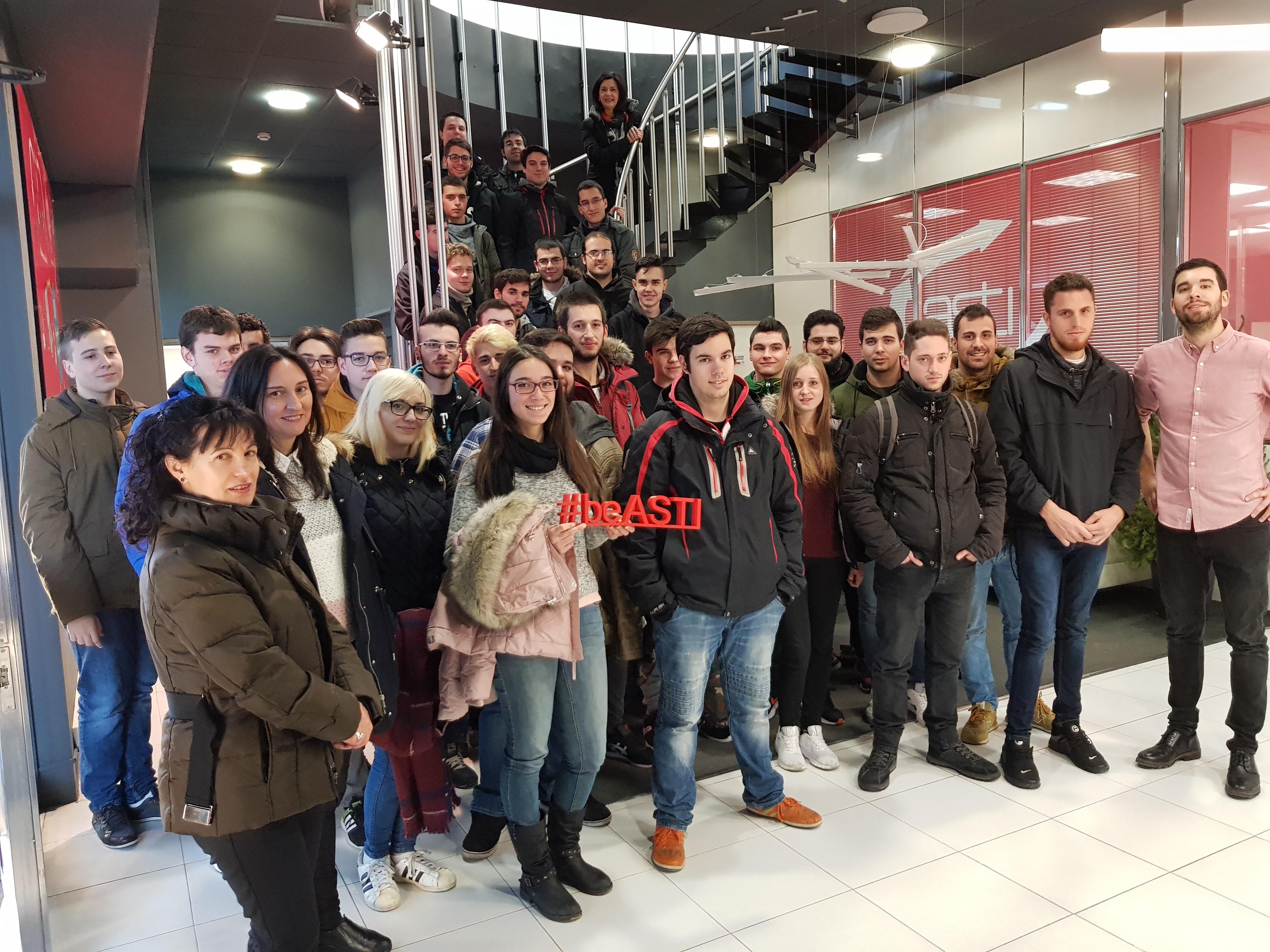 Alumnos del CIFP Juan de Colonia (Burgos) visitan las instalaciones de ASTI