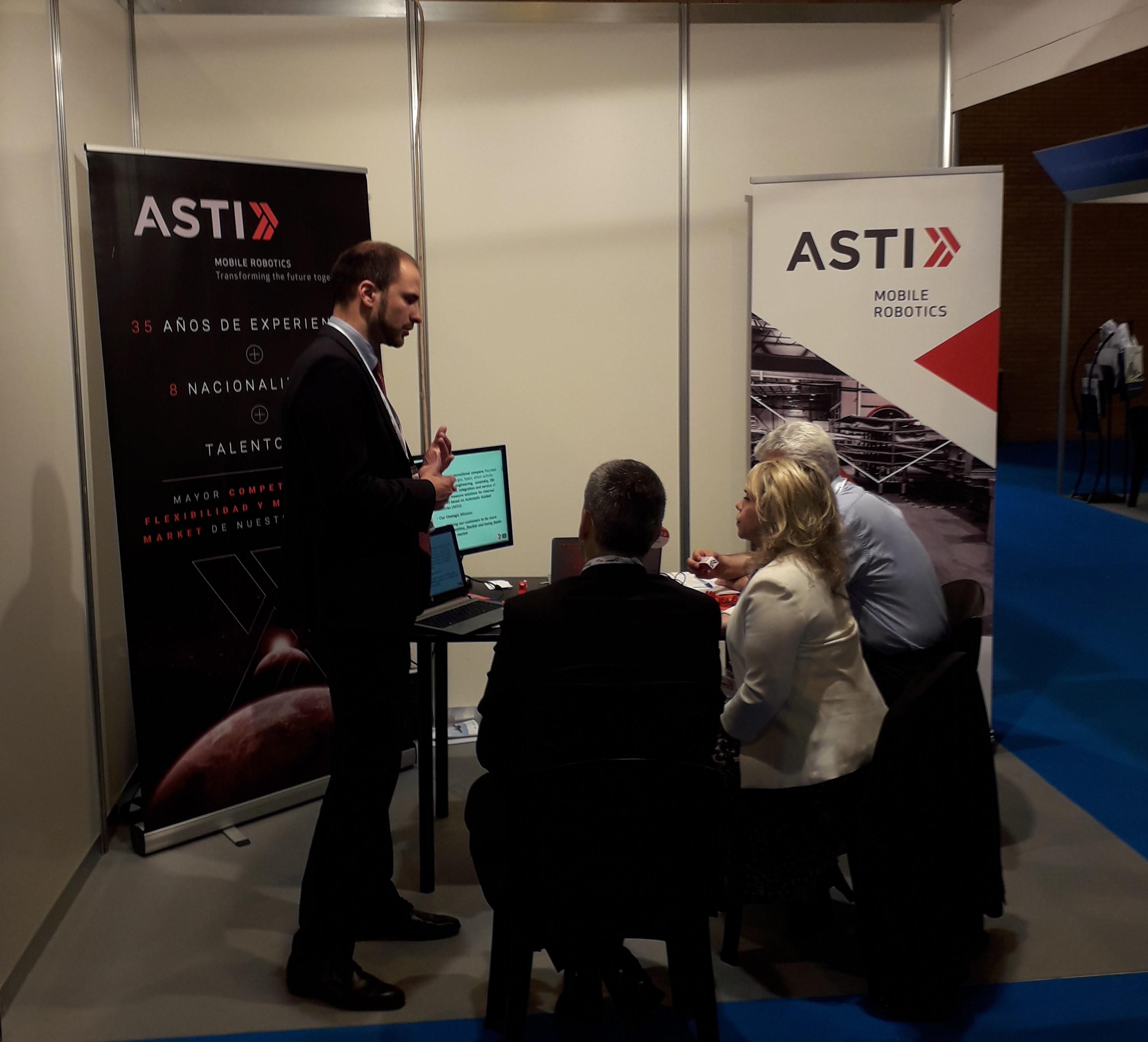 ASTI Mobile Robotics presenta ante el sector aeroespacial sus soluciones integrales en materia de automatización