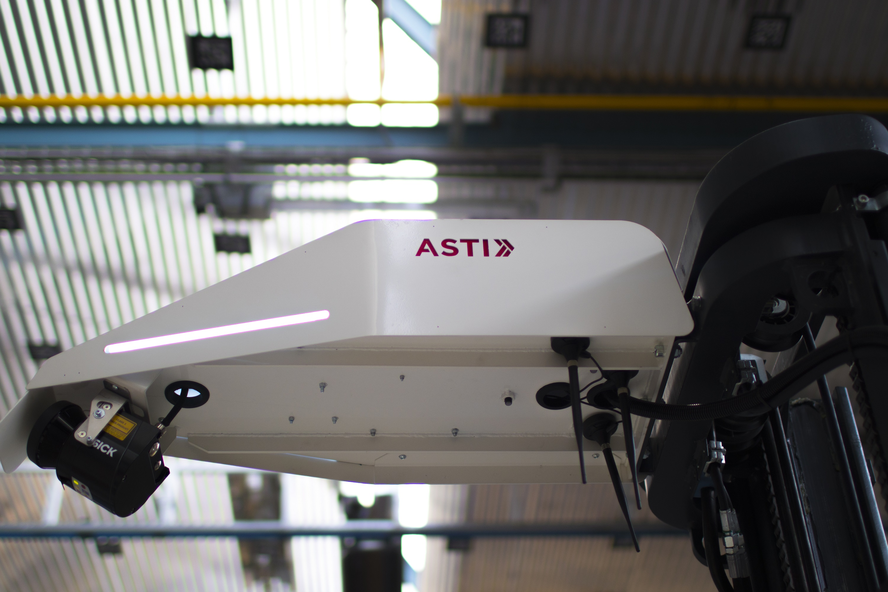 Telefónica and ASTI Mobile Robotics come together to accelerate the digitalization of industrial environments with IoT